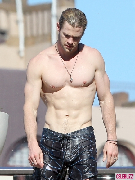 Magic-Mike-2-Chris-Hemsworth